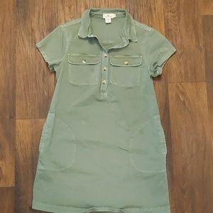Vineyard Vines green khaki dress with pockets 10